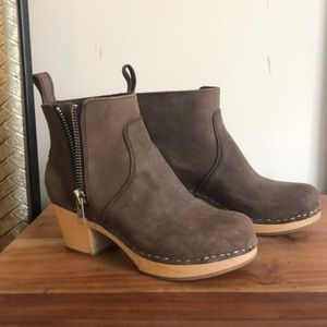 *anthropologie* Swedish Hasbeen ankle boot size 38